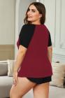 Camiseta de manga corta y pantalones cortos de color rojo