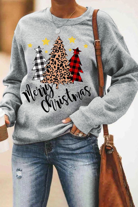 سويت شيرت بنمط شجرة الفهد منقوش من Merry Christmas