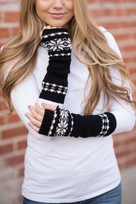 قفازات دافئة بطبعة ندفة الثلج السوداء
