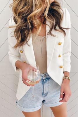 Белый двубортный пиджак на пуговицах с длинным рукавом