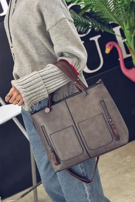 جيوب مزدوجة رمادية كتف واحد حقيبة يد PU قطري