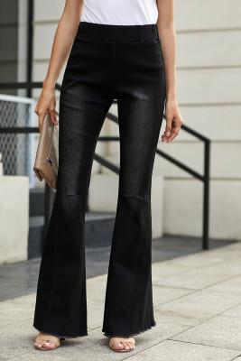 Pantalones de mezclilla con fondo de campana negro desgastado