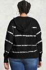 Sudadera con capucha de talla grande con cordón de rayas teñidas en negro