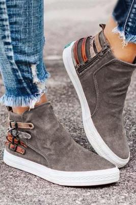 Khaki Slip-On Design mit Sneakers mit seitlichem Reißverschluss