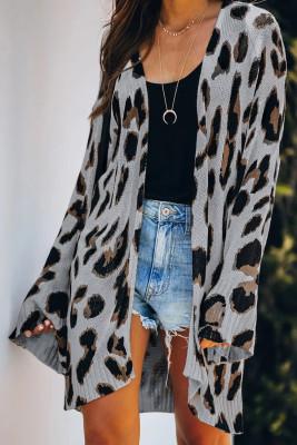 Šedý lehký pletený leopardí svetr