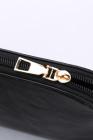 حقيبة كروس سوداء بشرابة