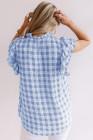 Camiseta de manga corta con volantes a cuadros azul claro