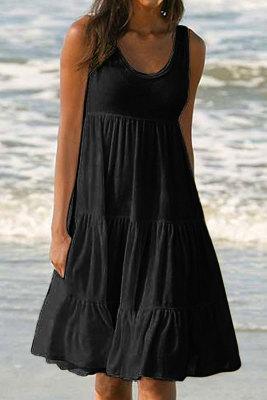 Černé šaty bez rukávů s výstřihem do rukávů, bez rukávů