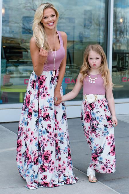 فستان ماكسي للكبار بطبعة زهور وأمي وردي بدون أكمام