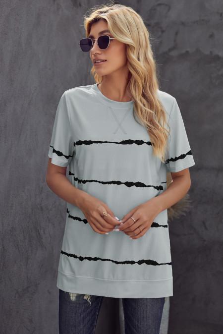 Camiseta casual gris con rayas tie-dye