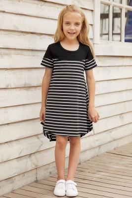 فستان بناتي مخطط مرقع بألوان أسود