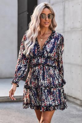 Синее платье с цветочным принтом и открытой спиной
