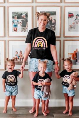 Camiseta para padres e hijos con estampado Rainbow mama negra