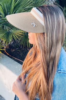 قبعة واقية من الشمس بأشعة فوق البنفسجية كبيرة