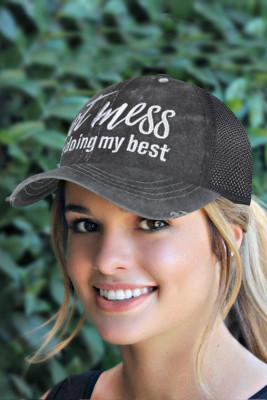 قبعة بيسبول بشبكة مطاطية سوداء مطرزة على شكل ذيل حصان