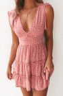 Mini-robe rose imprimée sans manches à plusieurs niveaux