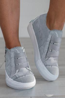 حذاء رياضي نعل سميك برباط رمادي