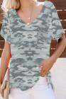 Camiseta verde de camuflaje con bolsillo delantero y cuello en V