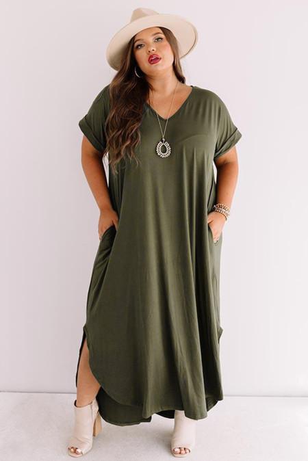 Vestido largo de manga corta con cuello en V y aberturas en verde militar