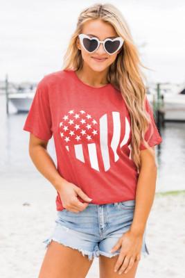 Футболка с принтом в виде сердца с американским флагом