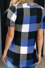 Top de manga corta con cuello en V y estampado de cuadros azules