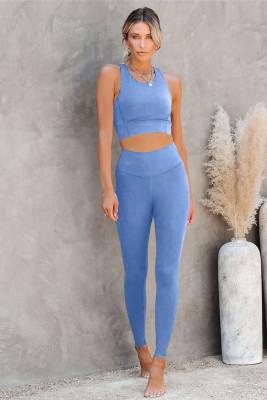حمالة صدر يوجا قصيرة باللون الأزرق السماوي وملابس رياضية ليجنز عالية الخصر