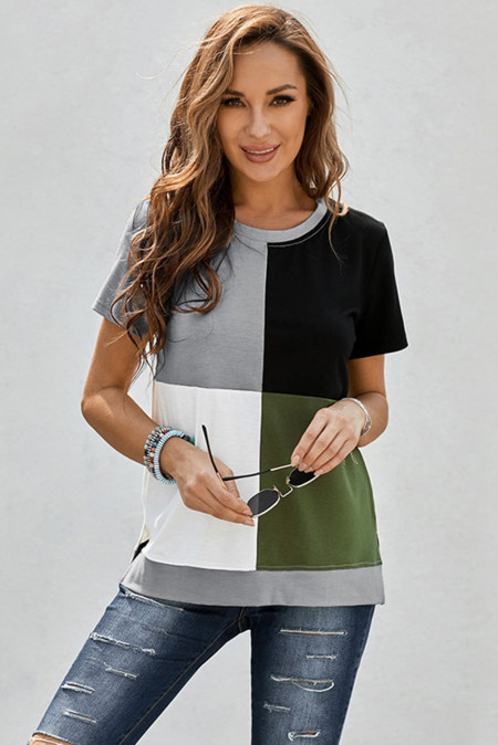Camiseta verde militar con aberturas en bloques de color