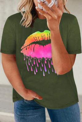 Зеленая футболка большого размера с неоновым рисунком губ