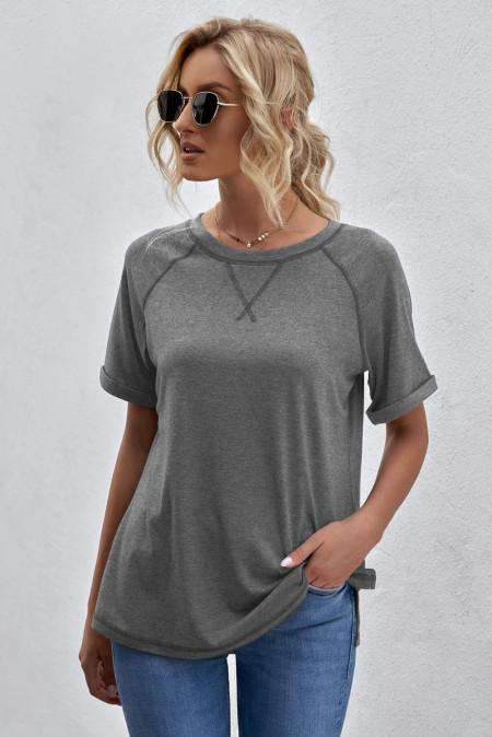 Camiseta gris con cuello redondo jaspeado