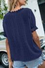Top de manga corta con cuello en V y lunares suizos con empalme de encaje azul