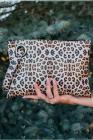 حقيبة كلاتش مربعة بطبعة ليوبارد