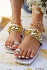 Sandalen mit Rautenkette und Zehenring