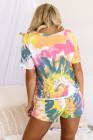 Gelbes T-Shirt mit Batik-Print und Shorts mit Kordelzug