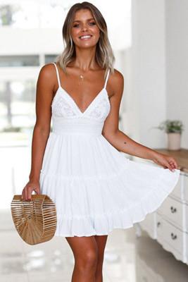 الأبيض السباغيتي الأشرطة الخامس الرقبة الدانتيل صد فستان قصير تكدرت