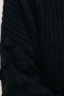 Pullover mit fallender Schulter