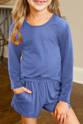 Blaues, lässiges, langärmeliges Set aus Pullover und Shorts für kleine Mädchen