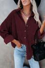 Красная вельветовая рубашка с карманами на пуговицах