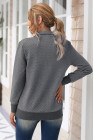 Темно-серый стеганый свитшот с воротником-стойкой на кнопках и накладным передним карманом