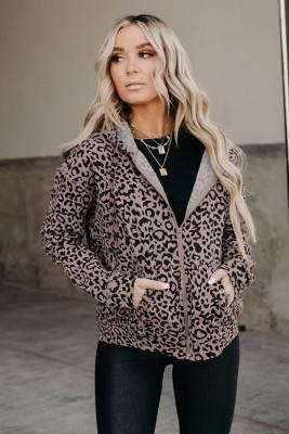 Пальто с капюшоном на молнии с леопардовым принтом и карманом