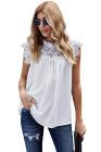 Белая вязаная блузка с кружевной отделкой