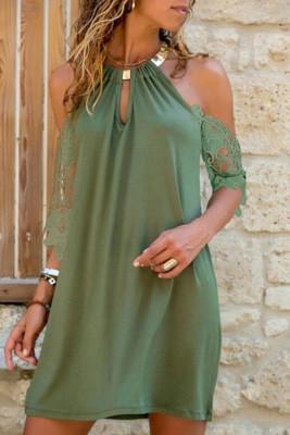 Mini vestido cuello halter ojo de cerradura hombro frío manga de encaje recto verde militar