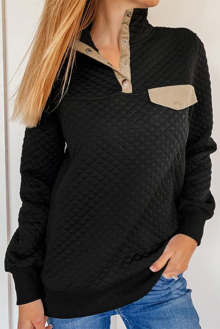 Черный стеганый свитшот с воротником-стойкой на кнопках и накладным передним карманом