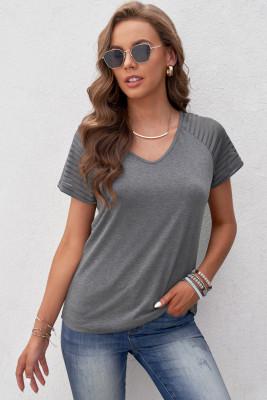 Camiseta de manga raglán a rayas grises