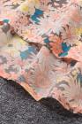Top floral con hombros descubiertos y fruncido