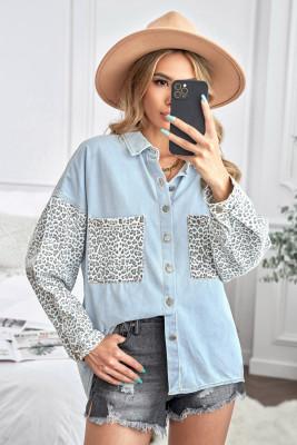 Veste en jean bleu ciel léopard contrasté