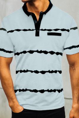 Полосатая мужская футболка на пуговицах