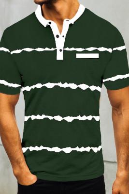 Зеленая полосатая мужская футболка на пуговицах