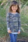 بلوزة طويلة الأكمام بطبعة كامو للأطفال