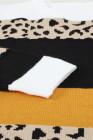 Свитер с круглым вырезом и леопардовым принтом в стиле колор-блок