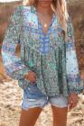 Блузка в стиле пэчворк с разрезом и круглыми рукавами с цветочным принтом